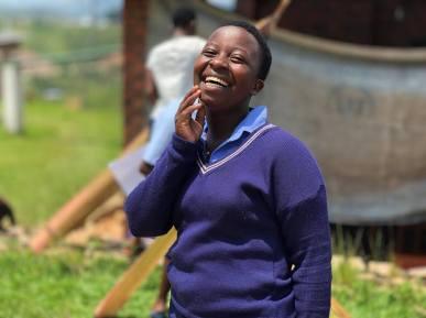 Aluna da escola LEsperance, em Ruanda